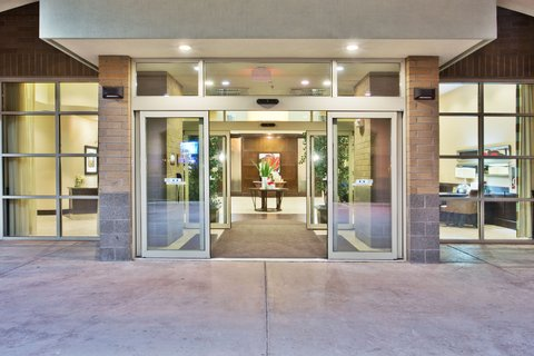 Crowne Plaza ANCHORAGE-MIDTOWN - Welcome to the Crowne Plaza Anchorage-Midtown