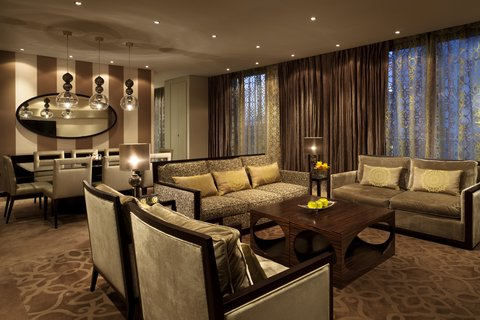 Al Faisaliah Hotel - South Wing Grand Suite Living Room