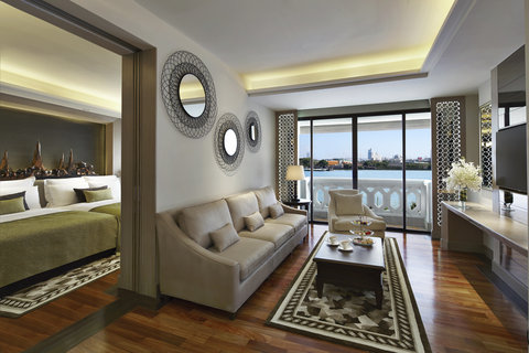 Anantara Bangkok Riverside Resort and Spa - Two Bedroom Chao Phraya River Suite Living Room