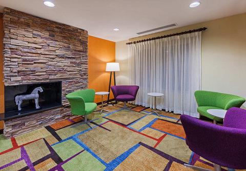 Fairfield Inn and Suites by Marriott Austin Northwest/Domain - Lobby