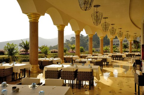Golden Savoy Resort - Gloriette buffet restaurant