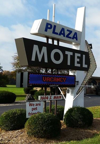 The Plaza Motel - The Plaza Motel