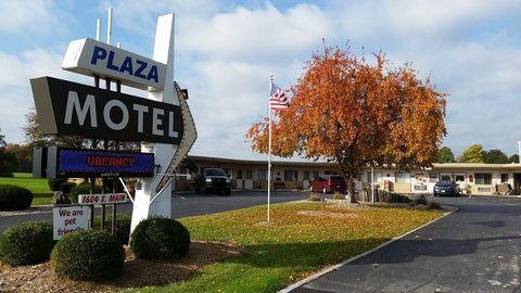 The Plaza Motel - Welcome to the Plaza Motel