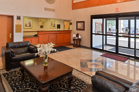 BEST WESTERN Garden City Inn - Lobby