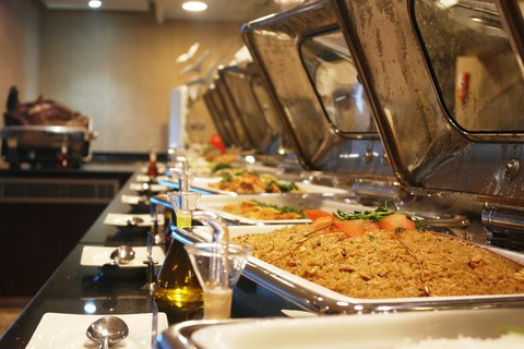 Copthorne Sharjah - Lagoon Restaurant Buffet