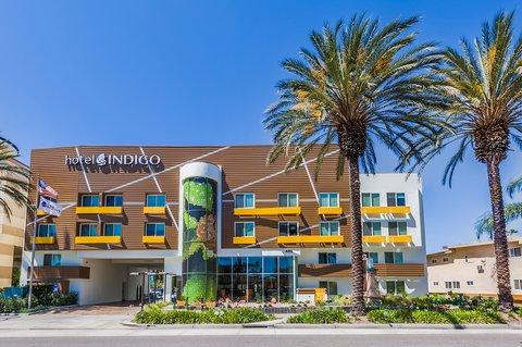 Holiday Inn Express ANAHEIM MAINGATE - Hotel Exterior