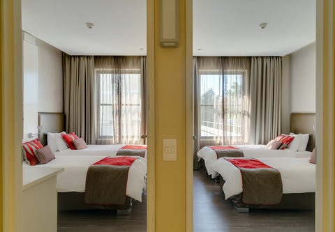 Protea Hotel Breakwater Lodge - Family Twin Twin Guest Room