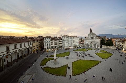 J.K.Place Hotel - Santa Maria Novella Square View