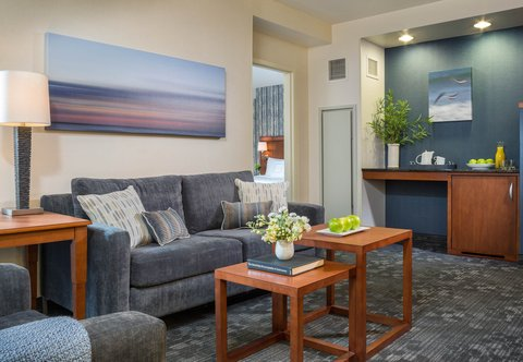 Courtyard By Marriott Burlington Harbor Hotel - King Suite - Living Area