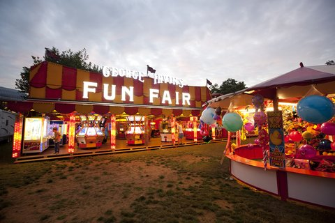 Dorsett Shepherds Bush Hotel - Shepherds Bush Green Fun Fair
