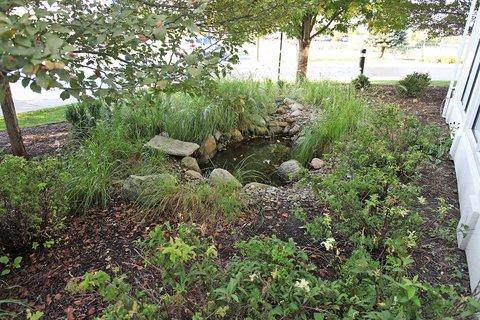 Hilton Garden Inn Chesterton - Exterior Pond