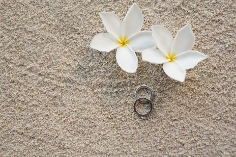 Hilton Seychelles Labriz Resort And Spa - Wedding Rings and Flowers