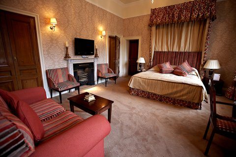 Ringwood Hall Hotel - Deluxe One King Bed