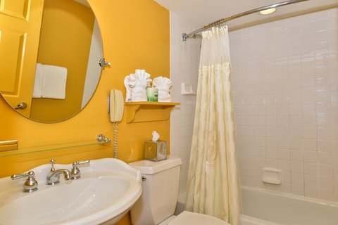 Admiral Fell Inn, an Ascend Hotel Collection Member - Bathroom