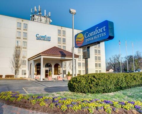 Comfort Inn & Suites Near Univ. of Maryland - MDExterior