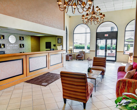 Comfort Inn & Suites Near Univ. of Maryland - MDLobby