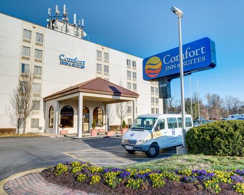 Comfort Inn & Suites Near Univ. of Maryland - MDShuttle