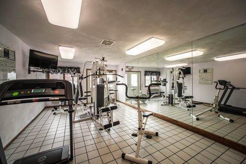 Econo Lodge Inn & Suites - ILFitness