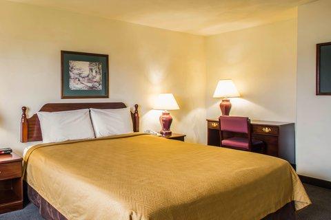 Econo Lodge Inn & Suites - ILNk