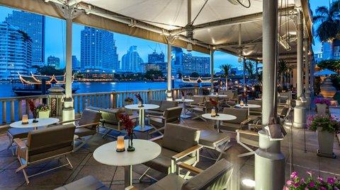 โรงแรมเพนนินซูล่า กรุงเทพ - River Bar