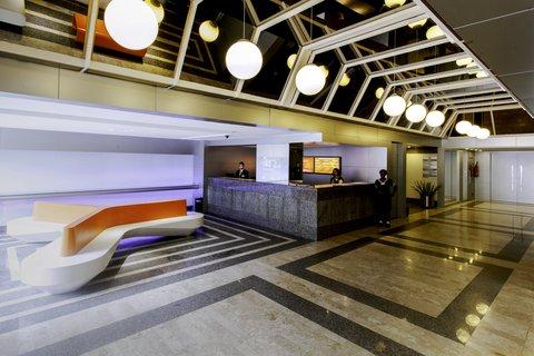 Hotel Boulevard Plaza - Lobby