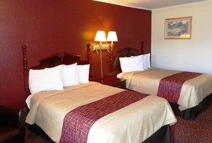 Room - Red Roof Inn Santee