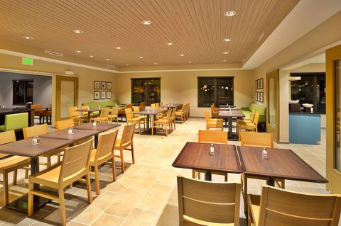 Country Inn & Suites By Carlson, Clarksville, TN - Breakfast