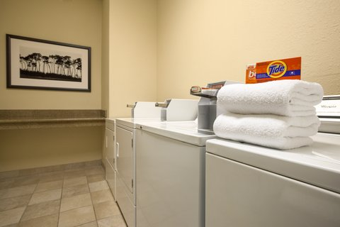 Country Inn & Suites By Carlson, Clarksville, TN - Laundry