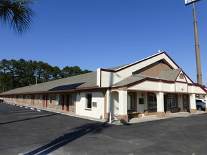 Exterior view - Red Roof Inn Santee