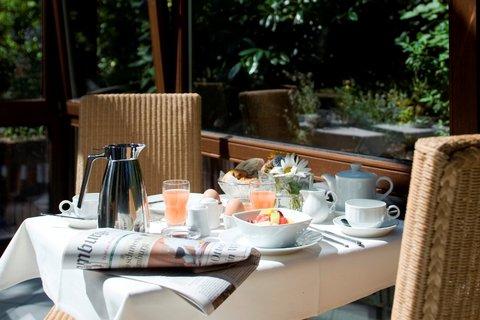Hotel Engel - Breakfast
