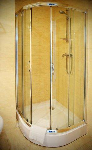 Olymp Hotel - Bathroom