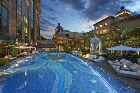 台北文华东方酒店 - MOTPE Swimming Pool