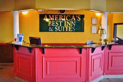 Americas Best Inns-Birmingham Airport - Front Desk