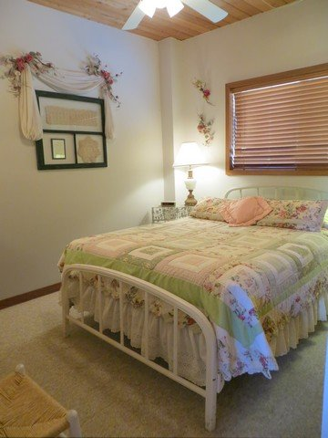 Crested Butte Mountain Resort - Bedroom