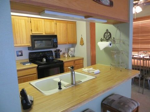 Crested Butte Mountain Resort - Kitchen