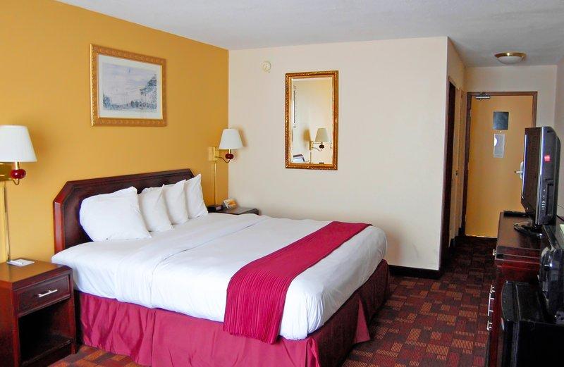 Quality Inn & Suites - Chambersburg, PA