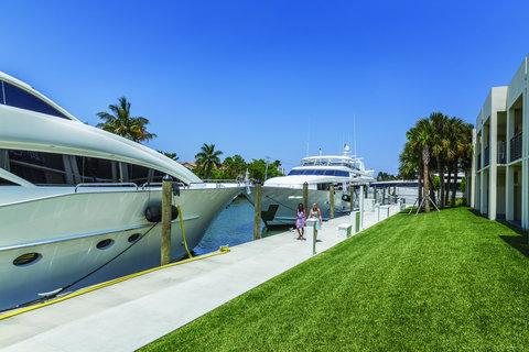 Hyatt Regency Pier Sixty-Six - FTLHPHi Res Lifestyle Marina Exterior FDock