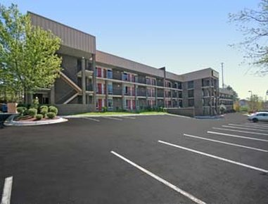 BUDGETEL INN AND SUITES RALEIGH