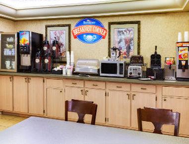 Baymont Inn & Suites Lake City - Breakfast Area