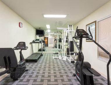 Baymont Inn & Suites Lake City - Fitness Center