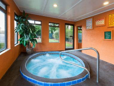Baymont Inn & Suites Lake City - Spa