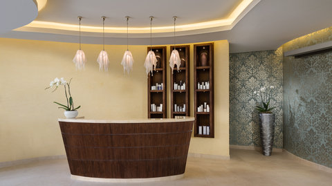 Kempinski Burj Rafal Hotel - SPAFemale Reception