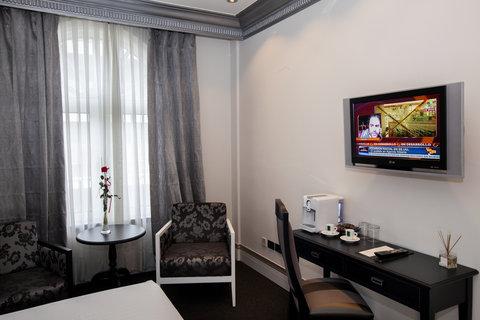 Ercilla Lopez De Haro Hotel - Superior Room at Hotel Lopez de Haro Bilbao