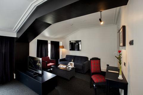 Ercilla Lopez De Haro Hotel - Deluxe Family room at Hotel Lopez de Haro Bilbao