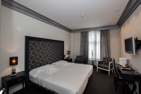 Ercilla Lopez De Haro Hotel - Superior Twin Room at Hotel Lopez de Haro Bilbao