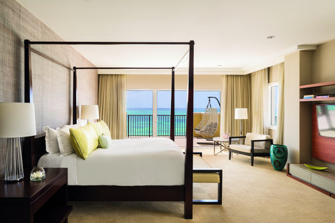 The Ritz-Carlton, Aruba - RC Suite Bedroom