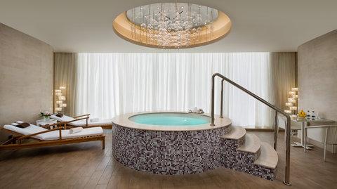 Kempinski Burj Rafal Hotel - SPAWhirlpool