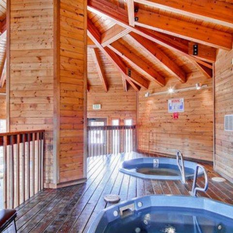 Tyra II by ResortQuest - hot tub