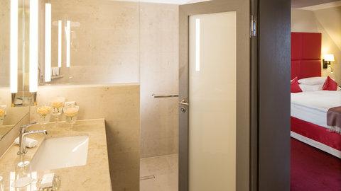Kempinski Hotel Gravenbruch - Junior Suite Bathroom