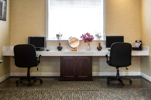 Conference Area - Clarion Inn & Suites Greenville